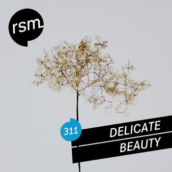RSM311 Delicate Beauty