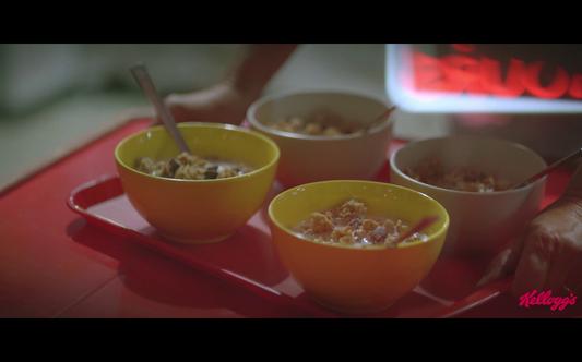 "Kellogg's Crunchy Muesli - Breakfast Rules ""Diner"""